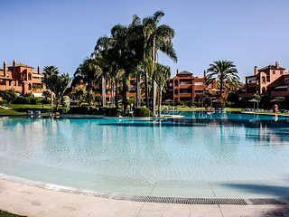 Luxury apartment in Alhambra del Golf, Guadalmina, Marbella