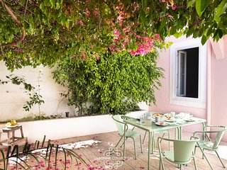 Graca Garden 3 by Lisbonne Collection
