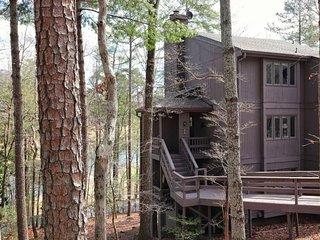 Resort Haven Luxury Condo in Big Canoe Community