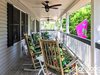 Just Trippin' - Tasteful Home Located Steps To the Ocean