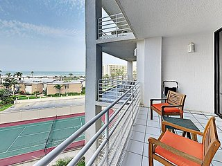 2BR in Sunchase IV Gated Complex w/ Heated Pool, Hot Tub,Ocean Views & Tennis