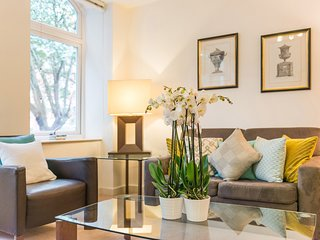 Apartment 3, Alfred Place, Central London