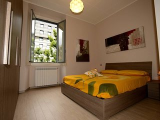 Sogno Italiano | Milan Apartment, Sleeps 4!