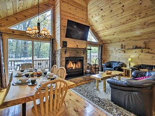 NEW! Friendship Cottage 1 Mi to Castle Rock Lake