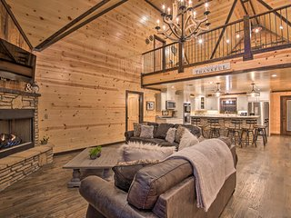NEW-Hochatown Cabin: Hot Tub, Fire Pit, Pool Table