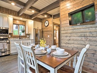NEW-Modern Palmer Cabin w/Mtn Views, 2 Mi to River