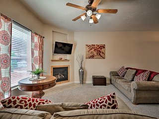 NEW! Kanab Condo w/ Pool & Patio, 30mi to Zion NP!