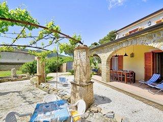 Villa Deneria