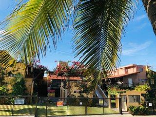 Condomínio de 1-2-3 Quartos com Piscina a Beira Mar