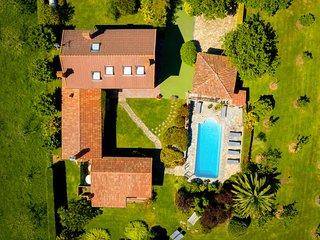 Villa con Piscina Calefacatada en el Gobernador (Villaviciosa) - Con WIFI - 13p