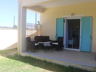 VILLA MIMOSA-for 2 people-  walk to the beach and all the local amenities