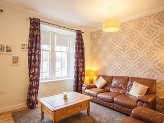 Beautiful homely flat in the centre of west end