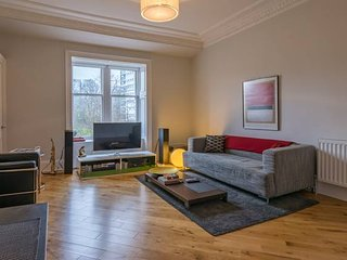 Stunning Flat close to West End
