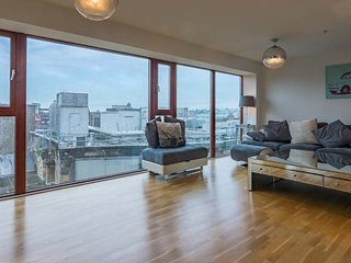 Stylish two bed penthouse in Glasgow city centre