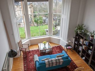 West End Glasgow flat with fantastic view