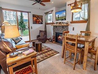 Lodge at Highland Greens 208 Condo: Perfect Year-Round!