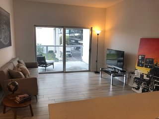 Edgewater-Wynwood-Midtown 2 bed 2 bath Nice apt