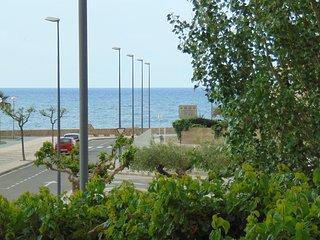 0035- Hermoso estudio a estrenar, terraza con vista al mar