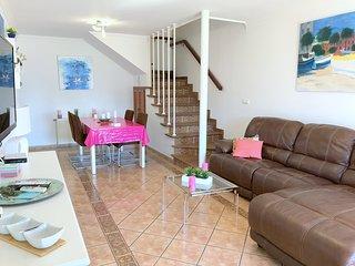 BA- Bonita casa adosada en Mas Busca en un entorno tranquilo