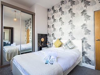 The Safe Room at The Bank – A Stylish 1 Bed Apartment in Sheffield City Centre.