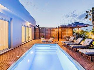 Nastazia Luxury Beach House