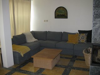 Holiday home 240m2 + garden & patio at only 50 m from beatiful sand beach