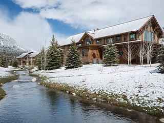 Fish Creek Lodge 75