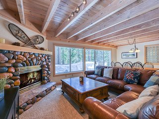 Family-friendly home w/ forest views & hot tub - remodeled & close to the lake!