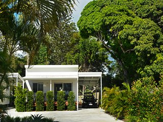 545 Esplanade - Bay View Cottage