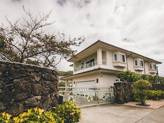Home of Aloha, 5 Bedroom, 4 Bath, Sleeps 14