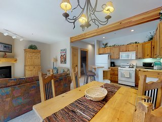 Condo just steps to the free ski shuttle, shared pool and hot tubs