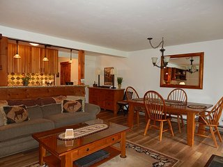 Charming condo in the Aspens~Close to Jackson & Teton Village~