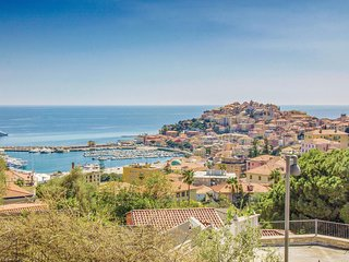 Amazing home in Imperia w/ WiFi and 2 Bedrooms