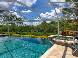 Key Wester - Tropical Respite for Two in Beautiful Bonita Springs
