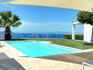 Dream house with great sea views and private pool
