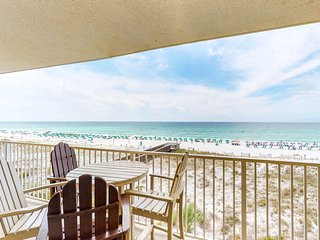 Relaxing oceanfront escape w/fitness center, shared pool & views