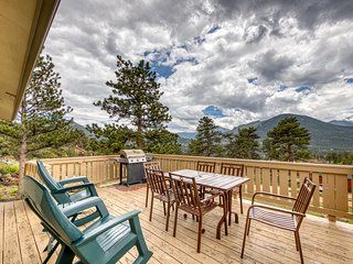 Enjoy nature from this charming, family-friendly cabin w/deck