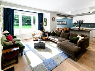 Stunning Swiss Cottage Gem - JMJ