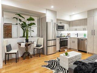 Modern 1bedroom Apartment in Kalorama w Parking!