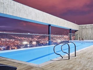 ★Charming Apartment ★Pool top Floor