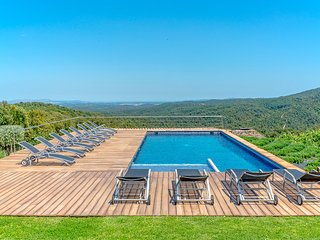 Gorgeous Converted Farmhouse in the Hills of Catalunia with Breath-taking Views