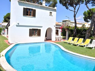 Pool Villa within Walking distance to centre