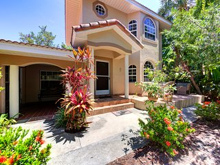Beautiful Location On Bay Side, Water View, Pool