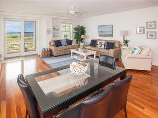 B311 Sea View ( 4 Bedroom condo )