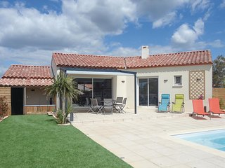 Stunning home in Ginestas w/ Outdoor swimming pool, Outdoor swimming pool and 3