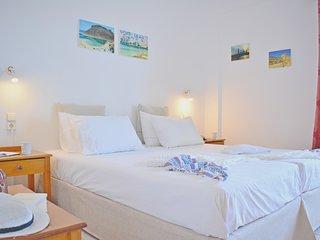 One bedroom apartment,2-4 people,Stalos Beach Chania West Crete
