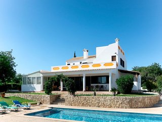 4 bedroom Villa with Pool, Air Con and WiFi - 5702720