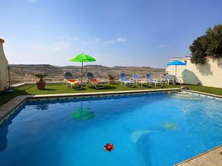 Ta' Rozarja Holiday Villa with Private Pool + Views