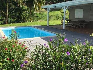 Villa 10 personnes avec piscine à la campagne.