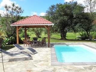 Villa 6-8 personnes avec piscine à la campagne.